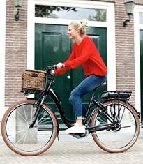Un vélo électrique en ville